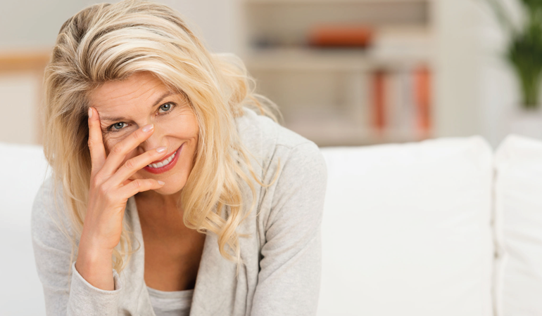 Artrosi e menopausa: ecco come la donna può scacciare la